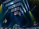 Muse při vystoupení v Mnichově (12. listopadu 2012)