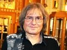 Dirigent Bohumil Kulínský na tiskové konferenci ke koncertní sérii nazvané