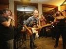Blues Alive 2012 (noční jam session: zleva Ondřej Konrád, Steve Walsh, Charlie