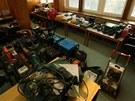 Ukradené věci z 27 dodávek s nářadím. Je to celkem 670 předmětů za více než...