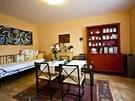 Jídelna slouží i jako obývací pokoj.