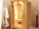 Elegantní kabina této infrasauny je z kvalitního dřeva kanadského jedlovce