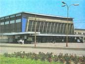 Vítkovické nádraží v roce 1980.