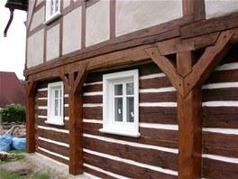 Cenovým kompromisem se stala nová dřevěná eurookna.
