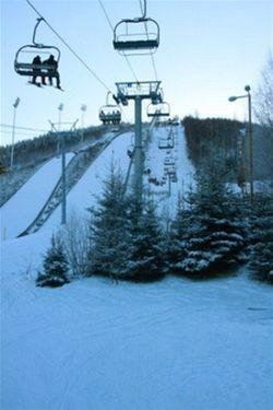 Na pořádnou lyžovačku do Skiareálu Harrachov za loňské ceny
