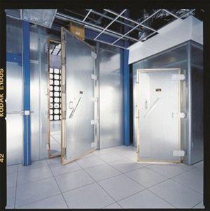 Elektromagneticky stíněné pracoviště ochrání vaše data a informace