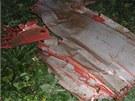 Trosky bitevn�ku L-159, kter� ve �tvrtek spadl u Kol�na