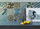 Patricie Urquiola navrhla obklady v decentních barvách.