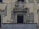 Chátrající zámek Buštěhrad na Kladensku