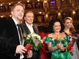Český slavík 2012 - zleva Tomáš Klus, Karel Gott, Lucie Bílá, Lucie Vondráčková