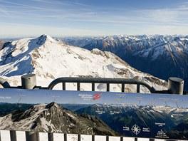 Vyhlídka v 3 250 m – pohled na východ, kde lze spatřit například
