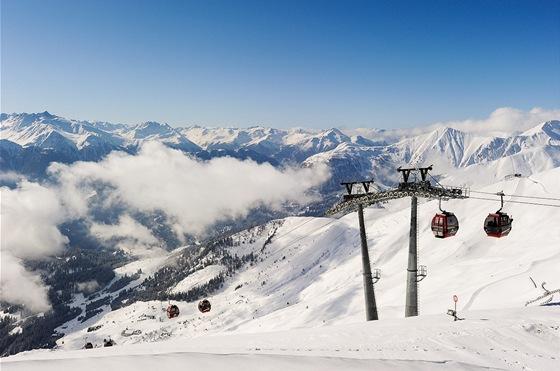 Lanovka Schönjochbahn (2 596 m)