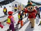 Perfektně vybavené dětské lyžařské hřiště Kinderschneealm patří k největším v