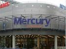 Českobudějovické Mercury Centrum je nákupní komplex s autobusovým nádražím na