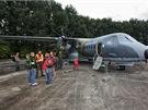 Dvoumotorov� turbovrtulov� taktick� transportn� letoun pro kr�tk� a st�edn�...
