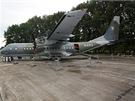 CASA C-295M Arm�dy �R na Dnech NATO 2012 s otev�en�m n�kladn�m prostorem a...