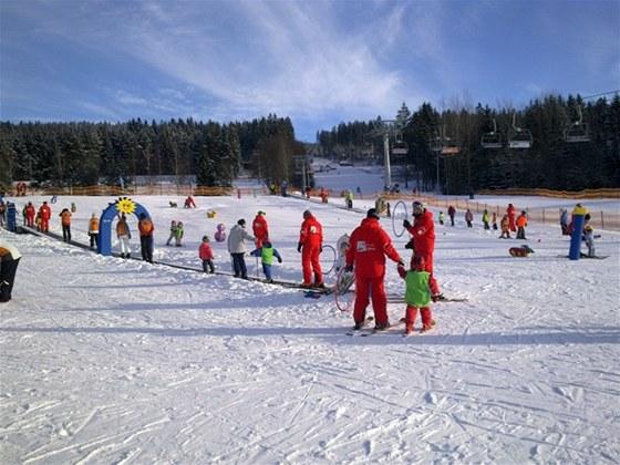Do dětského hřiště Foxpark kapitána Lipánka to máte s dětmi z apartmánů Lipno Lake Resort jen pár kroků.