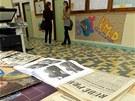 Studenti gymnázia připravili výstavu, na které návštěvníci najdou předměty