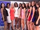 Finalistky Miss Expat 2012 a loňská vítězka Paulina Nakashole.