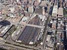 Projekt Hudson Yards vyroste nad železniční tratí, která zůstane zachována.