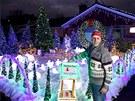 Letošní podívaná zahrnuje osm vánočních stromků, soby, tučňáky, tuleně, lední...
