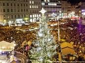 Slavnostní rozsvícení vánočního stromu na náměstí Svobody v centru Brna (30.