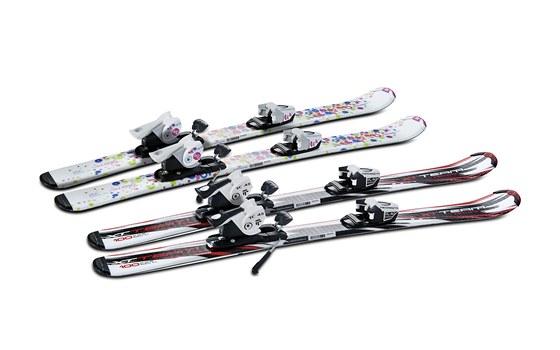 Rostoucí lyže dovolují dětem růst a rodičům šetřit