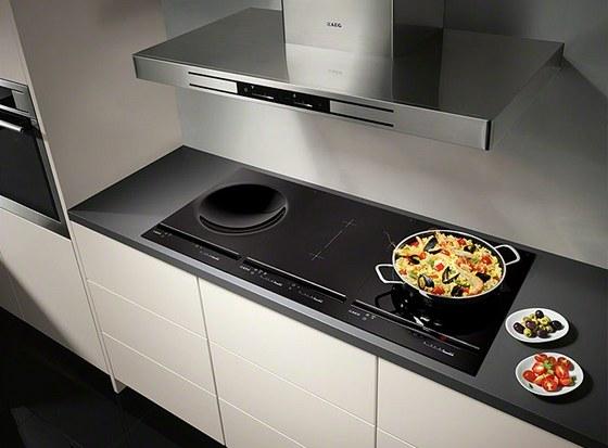 Indukční desku s wokem využijí nejen milovníci asijské kuchyně.