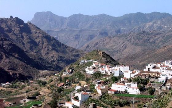 Krajina kolem obce Tejeda ve vnitrozemí Gran Canaria