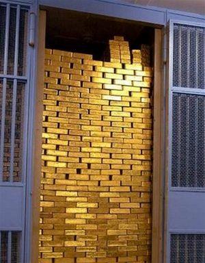 Z virtu�ln�ch pen�z op�t ke zlatu?