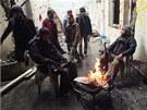 Bojovníci Syrské osvobozenecké armády v Homsu (6. prosince 2012)