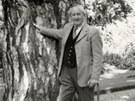 Tolkien byl stoupencem tradic, přírody, malého zasahování vlády do života lidí,