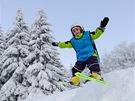 Skokánky děti baví a zlepšují jejich jistotu na lyžích.