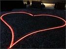 Při zkoušce v Modré Stodole svítila pouze vnější linka o délce 53 metrů.