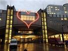 Test Srdce na budově Altiero Spinelli Evropského parlamentu