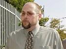 Americký hacker Christopher Chaney vykrádal e-mailové schránky celebrit. Fotky,...