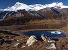 Olomouck� horolezkyn� Mark�ta Han�kov�, kter� m� voperovan� kardiostimul�tor, absolvovala se dv�ma horolezci jeden z nejn�ro�n�j��ch him�lajsk�ch trek� p�es sedla Sherpani Col a West Col, kter� zakon�ili �sp�n�m dobyt�m vrcholu Mera Peak ve v�ce 6 476 metr�.
