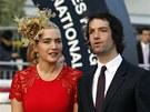 Kate Winsletová a Ned Rocknroll