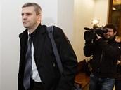 Poslanec Roman Pekárek stanul p�ed Vrchním soudem v Praze. (18. prosince 2012)