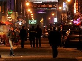 No�n� Stodoln� ulice v Ostrav�.