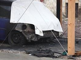 U broumovského domu hejtmana a senátora Lubomíra France hořel Ford Fiesta,