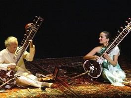Ravi Shankar se svou dcerouo Anoushkou