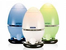Osvěžovač plní také funkci lampičky snastavitelnou intenzitou světla.