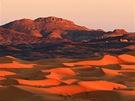 Někde za těmito horami je Alžír. ZMerzougy je to na hranice asi 50 km.