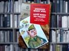 Knihu Janovice nikdy více, lepší kouli do palice vydala Mladá fronta,