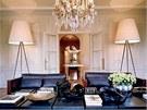 Pařížský byt v bohaté čtvrti města má pánský charakter. Saab zde obvykle