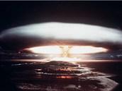 Atomová exploze zřejmě není to nejhorší, co nás v příštích sto letech čeká.