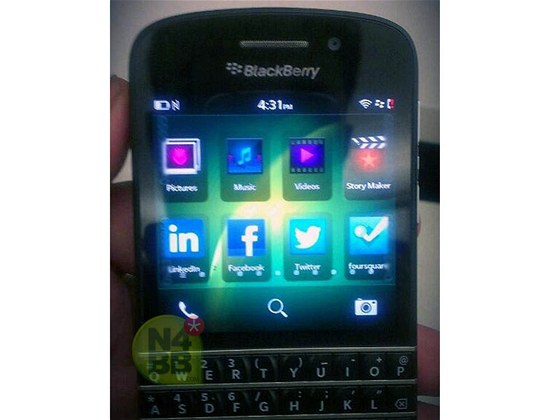 BlackBerry X10 s QWERTY kl�vesnic�