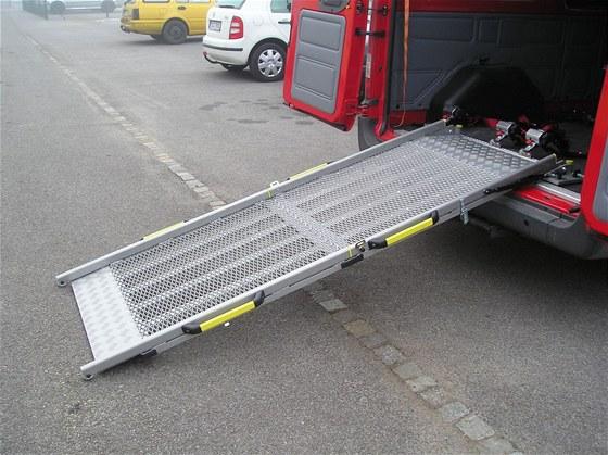 Individu�ln� �pravy vozidel pro t�lesn� posti�en� osoby