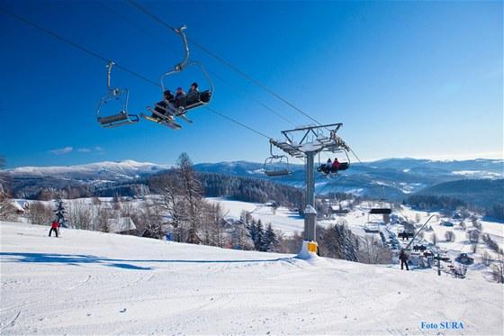 Hledáte lyžařský areál pro celou rodinu? Paseky nad Jizerou oceníte